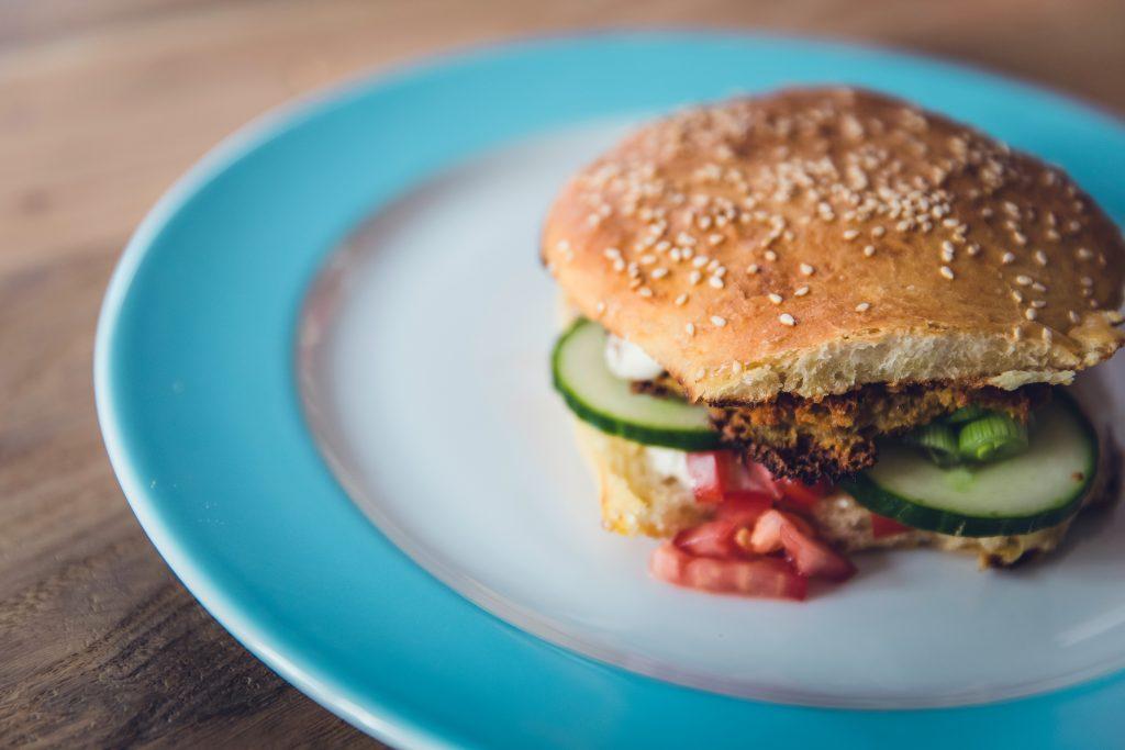המבורגר פריך-טבעוני