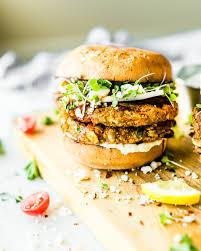 המבורגר קינואה ודלורית