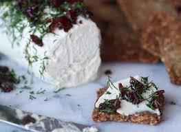 גבינת קשיו קוקוס